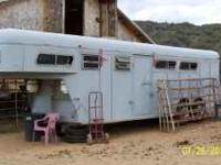 1986 3-horse slant trailer with living quarters and