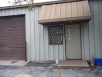 Great commercial/warehouse space with bathroom located