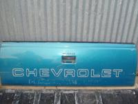 88-98 CHEVY/GMC TAILGATES ... GOOD TAILGATES ... PRICE