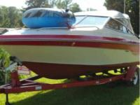 1988 Sea Ray 21' Cuddy Cabin Cruiser Has 4.3 Liter V6