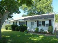 Great 3BR/1BA ranch home with new windows, vinyl siding