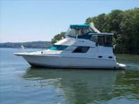 1997 Silverton 372 MOTOR YACHT BRING US OFFERS!!!