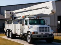 FREE DELIVERY!! Altec A77T - 82' Working Height,