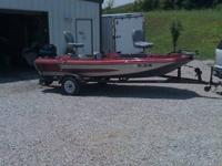 I a. m selling a 1989 AstroGlass Bass Boat 15ft 6in
