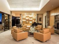 Stunning Gary Ruck designed 5267 sq ft hillside