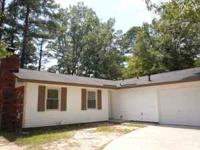 Like new house directly behind Evans High, 3BR, 2BA,