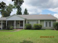 Charming 3BR/2Bath home in excellent move in condition