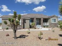 ARIZONA'S BEST KEPT SECRET! Close to Lake Mohave and