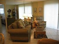 Beautiful 2 BR/2 BA Condo with Gulf View on the White
