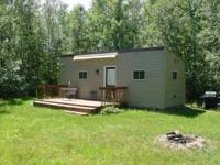 Newer 1 bedroom cabin 2-1/2 miles from Prentice on