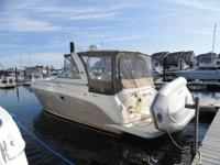 2006 Rinker 32' Express Cruiser * This boat has been