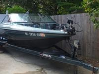 389 Javelin Bass Fishing Boat with Johnson 150 Motor,
