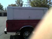 i have a heavy duty 8ft truck topper with three doors i