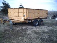 nice trailer will haul anything u want will haul a heck