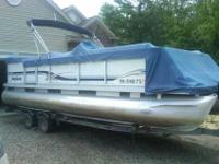 2001 Godfrey Sweetwater Pontoon Boat, Johnson 90