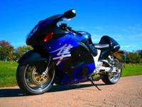up for sale is a 2002 suzuki 1300r blk/blu with only