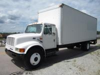 "1995 International 4700 24' x 96"" Box Truck for Sale,"