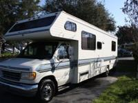 1993 Class C Dutchmen Motorhome for sale. - queen bed -