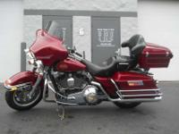 2004 HARLEY-DAVIDSON TOURING ELECTRA GLIDE, Sierra Red,