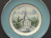 Collectable Avon Christmas plates. Complet your