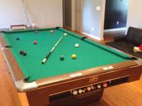 9' Gandy drop pocket pool table in great condition with