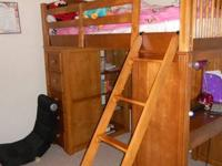 Set includes Loft (guardrails, head/foot boards &
