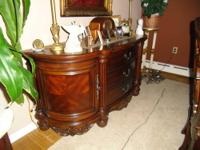 Gorgeous Glenwood dining room suite . Large double