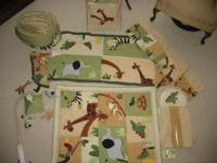 COMPLETE JUNGLE THEME CRIB SET WITH JUNGLE THEME ON