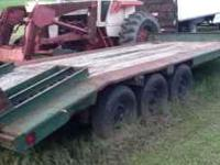 9 ton Eager Beaver Trailer, with fold down ramps,