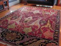 A BEAUTIFUL AGRA RUG IN EXCELLENT PRE-OWNED CONDITION