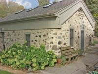 Bed and Breakfast Yard House in Washington County, WI