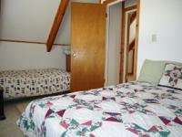 90 2 Bedrooms 1 bath Romine Cabin -- Sleeps 6 -- Pet