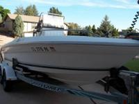 18' Center Console Off Shore Fishing Boat 135 HP