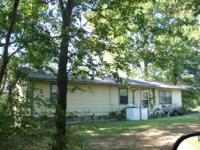 Locust Grove, OKAY 2 Bedroom 1 Bath House. Readily