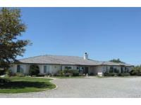 Beautiful 3500 sq ft custom home on over 4.5 acres in