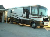 Excellent Condition Motor Coach, 2005 Safari, 37 Ft.
