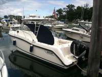 2009 Boston Whaler 255 CONQUEST NEW LISTING! This