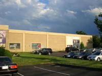 1,250 SF of warehouse space available. Month-to-month