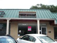 $945.00/month. 2 bath commercial-rental available!