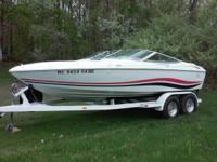Nice condition CLEAN,open bow,white interior,white