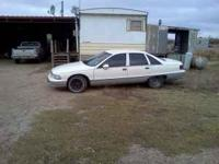 95 caprice verry nice clean car runs and drives perfect