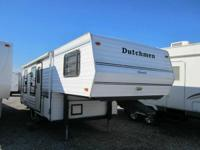 25 Ft Rear Kitchen Fifth Wheel  Super Clean 25 Ft Fifth