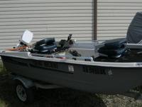 Up for sale: Nice 1995 Sun Dolphin Pro 120 80's Johnson