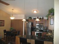 Upscale Condo Unit close to schools, hwy 43, and
