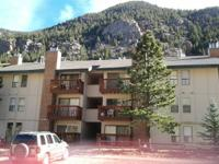 Nicely renovated lakefront condo for rent. 2 bedrooms,
