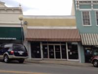 RETAIL SPACE FOR LEASE IN DOWNTOWN TIFTON! LARGE OPEN
