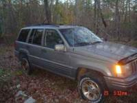 4.o litre motor, 4x4 automatic, everything works well,
