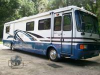 1998 Monaco Windsor 38ft. Diesel Only 2060 miles!!!