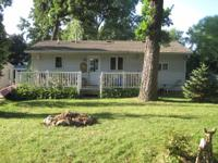 Immaculate cottage with one bedroom-queen size bed-