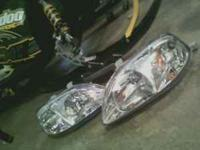 99-2000 civic got a set of brand new headlights used